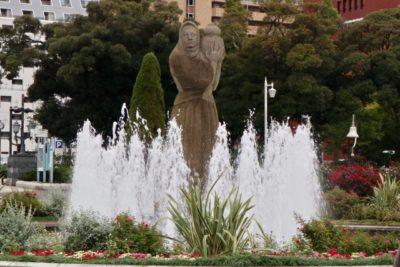 水遊び 公園 茨城 噴水 銅像
