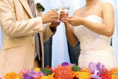 教会 祭壇 花 結婚式
