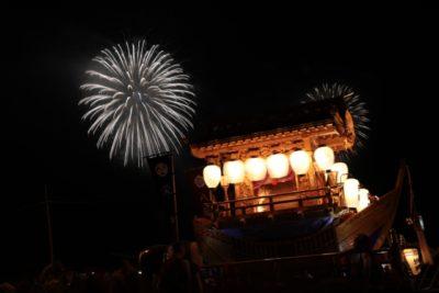 新潟まつり 花火 屋形船 祭りの風景