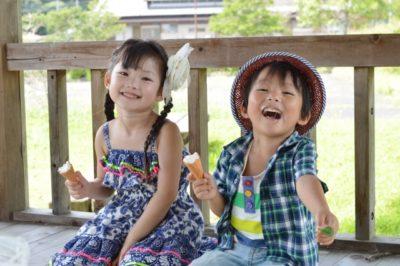 夏 祭り 歌 保育園 姉弟 アイス