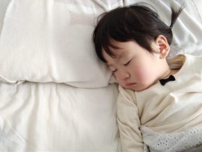 衣替え 布団 洗う 寝てる子供