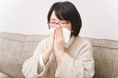 衣替え くしゃみ アレルギー 鼻をかむ