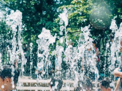 水遊び 宇都宮 公園 噴水