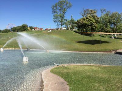 ドイツ 村 千葉 水遊び 噴水広場