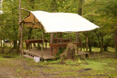 グランピング 川遊び 関東 キャンプテント