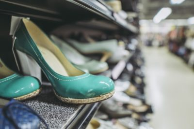 東京国際フォーラム フリマ 口コミ 靴