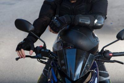 川越 バイク フリーマーケット バイクに乗る女性