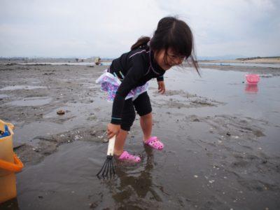 潮干狩り 1歳半 女の子
