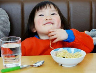 新幹線 子供 暇つぶし ご飯