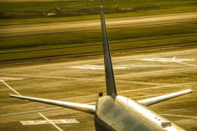 飛行機 子供 座席 おすすめ 翼