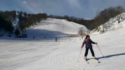 スキー場 子供 おすすめ 東海 雪山
