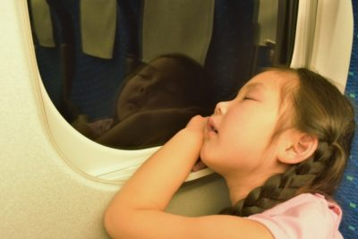 新幹線 子供 暇つぶし 寝る