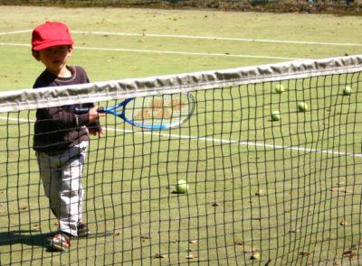 テニス ガット テンション 子供 男の子