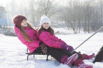 東京 近い スキー場 子供 姉妹