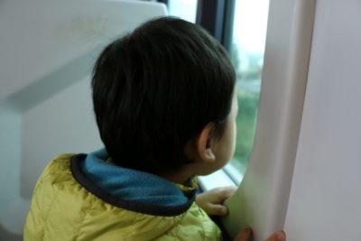 電車 子供 スポット 車窓