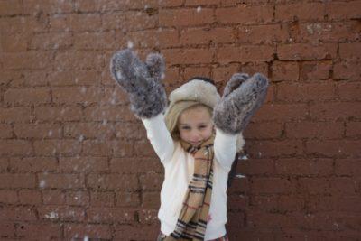 スキー場 子供 雪遊び 服装 壁