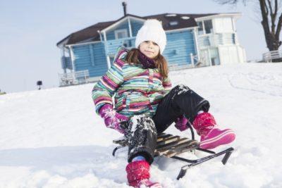 子供 そり 遊び スキー 場 女の子