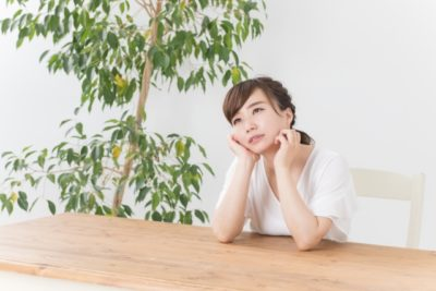 七五三 三歳 ブログ 悩む女性
