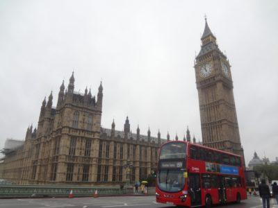 ロンドン バス 子供 料金 建物