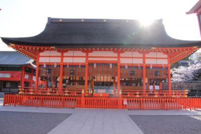 七五三 京都 伏見稲荷 建物