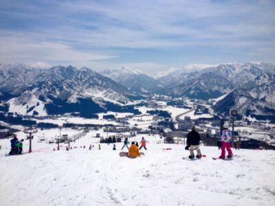 越後湯沢 スキー場 子供 晴れ