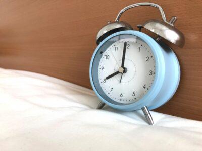 新学期 病む 早寝早起き