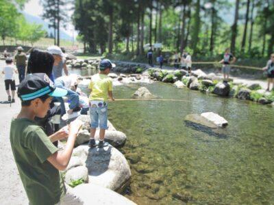 越後湯沢 観光 夏 子供 フィッシングパーク