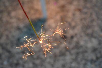 手持ち花火の種類と名前 線香花火